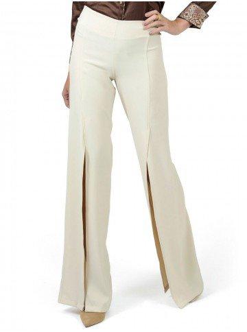 calca pantalona com fenda bege principessa edith look
