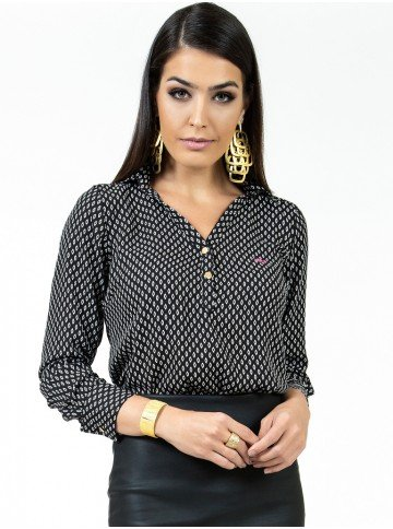 blusa preta estampada principessa berenice look