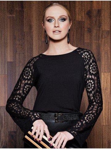 blusa yanne renda flare preta