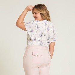 blusa creme floral valery modelagem