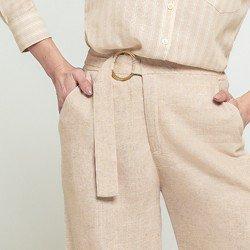 calca pantacourt areia jaine detalhes fivela