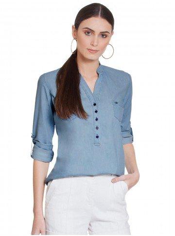 blusa azul jeans decote v suzy frente