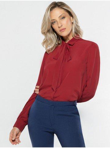 camisa feminina vermelha laco removivel look