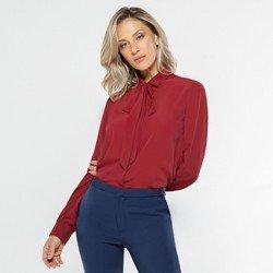 camisa feminina vermelha detalhe acabamento