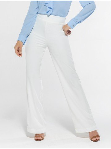 calca flare off white zaima look