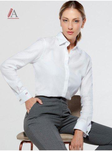 camisa com abotoadura personalizada branca nannie