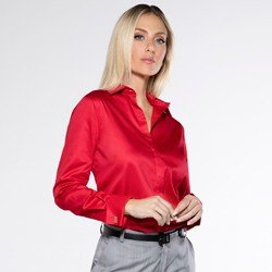 detalhe camisa vermelha abotoadura maristela tecido