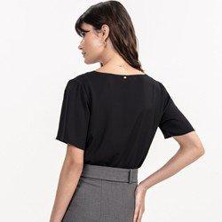 detalhe blusa feminina preta eduarda caimento