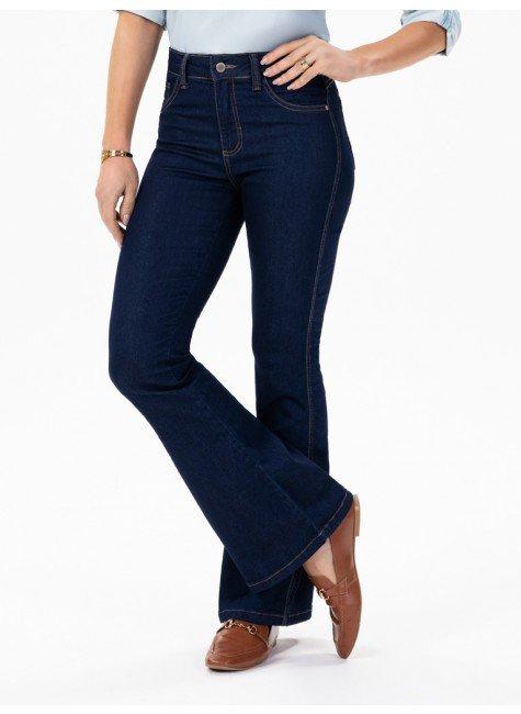 calca jeans escuro modelo boot cut cintura media elsa