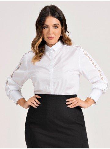 camisa branca plus size detalhes em renda brendha