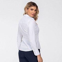 camisa maquinetada branca com botoes de cristal diane detalhe costas