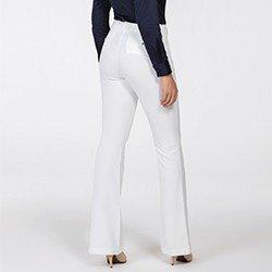 calca feminina off white flare beatrizia costas detalhe