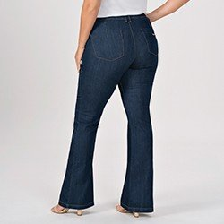 calca jeans plus size modelo flare cintura media eleine mini costas