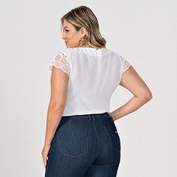 blusa plus size off white mangas rendadas halle costas mini