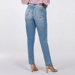 calca jeans modelo mom evelize costasmini