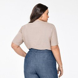 blusa areia manga curta plus size decote v angelica costas mini