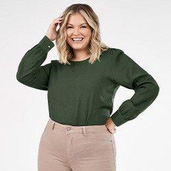 blusa verde militar plussize com manga bufante nadine mini frente
