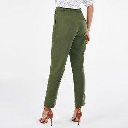 calca feminina cenoura verde militar nazira mini costas