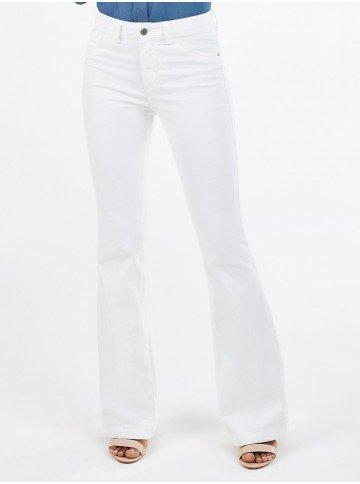 calca de sarja off white flare cintura media janice frente