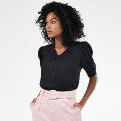 blusa feminina preta manga bufante gola rendada poliana frente mini