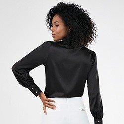 camisa feminina preta gola blazer otilia costas mini