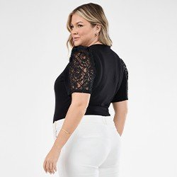 blusa preta plus size com renda rogeria mini