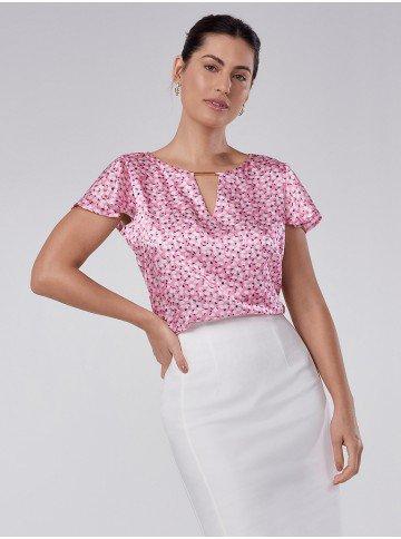 blusa de cetim floral manga evase tuane
