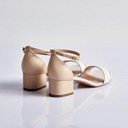 sandalia branca aline
