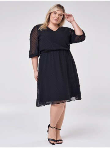 vestido preto com decote v bella plus size